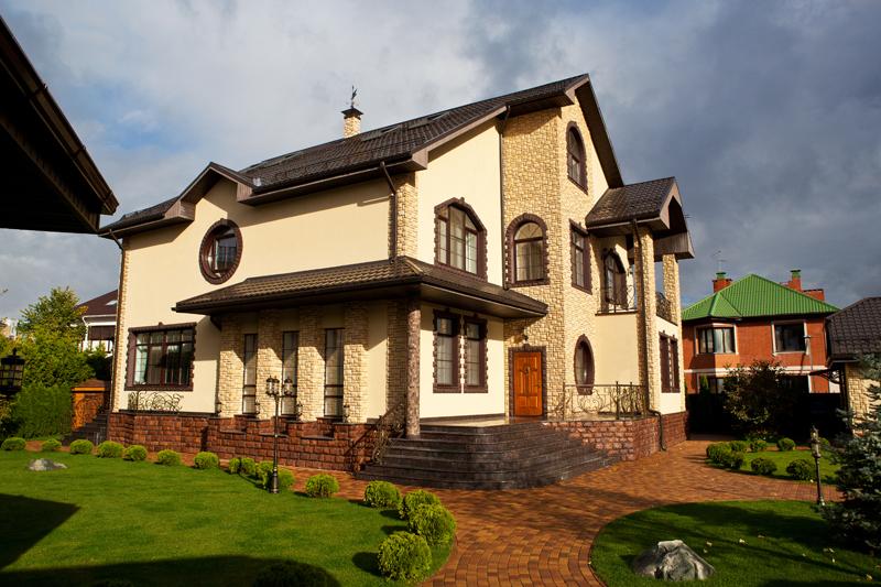 цвета фасадов оштукатуренных домов фото капуста занимает